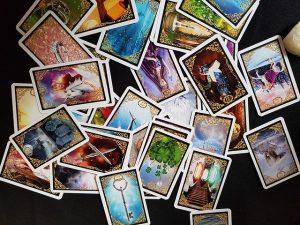 Kartenlegen für Fragen rund um das Leben